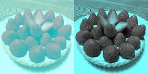 Где ягоды более красные?