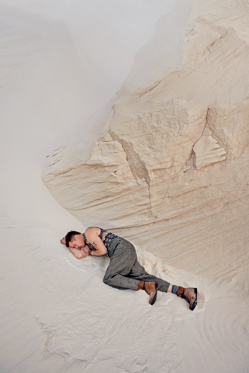 Новую фотосессию Бреда Питта вполне можно назвать «Жизнь мужчины после развода»