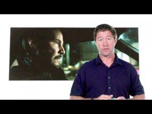 Постановщик автотрюков в Джоне Уике 2, рассказывает в подробностях и раскадровках, как ставили погоню в начале фильма.