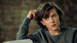 Видео: Converse выпустили рекламный ролик, в котором Бобби Браун из сериала «Очень странные дела» показала 32 эмоции.