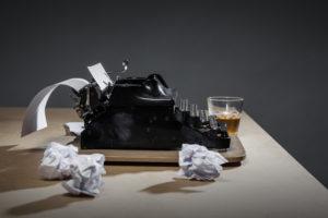 Тест: Угадайте, какие произведения написали эти известные писатели