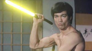 Видео сражения Брюса Ли на световых мечах