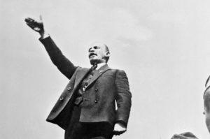 Тест для эрудитов: Как вы ориентируетесь в языковом наследии Революции 1917 года в России?