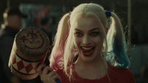 Видео: Самые спорные костюмы в фильмах