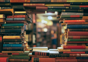 А вы сможете узнать книгу по первым строкам? Тест для настоящего книголюба