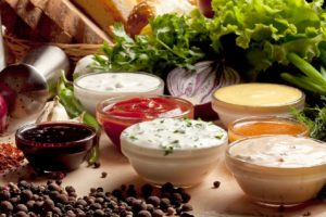 Тест: Сможешь угадать соус по фото?