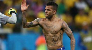 Тест: Сможешь отгадать футболиста по татуировке?