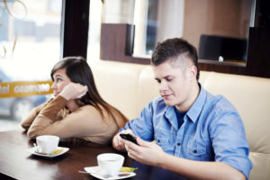 Тест: Как скучно с тобой ходить на свидания?