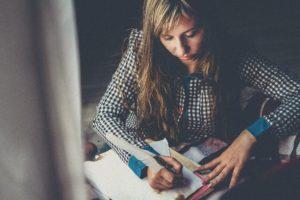 Тест на знание тонкостей русского языка, который проходит 10 человек из 100