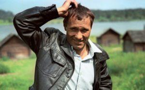 Тест: Угадаешь фильмы с Василием Шукшиным по одному кадру?