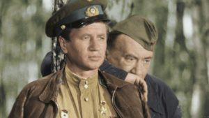 Тест для любителей ребусов: Кадры из каких советских фильмов изображены?