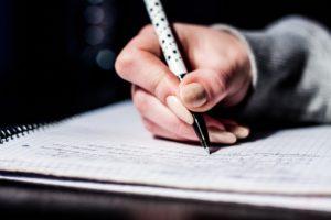 Тест: Распишитесь и узнайте, кто вы. Что ваш почерк может рассказать о вас?
