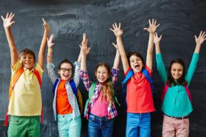 Тест для девочек: Чем тебе заняться в последний день каникул?