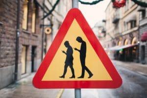 Тест: Сможешь ли ты угадать значение  дорожных знаков со всего мира?