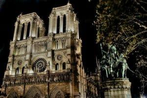 Тест: Кто ты из «Собора Парижской Богоматери»?