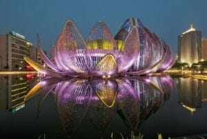 Архитектурный Тест: Насколько хорошо вы знаете шедевры Захи Хадид?